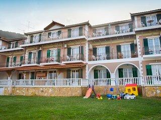 Herodotos Apartment