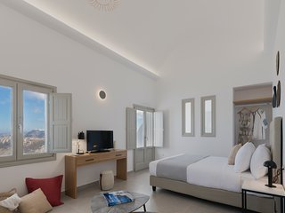 NEW Genesis Suite Sea View - Jacuzzi and Free Breakfast