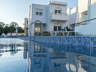 Gennadi Summer Villas Sharing Pool No2
