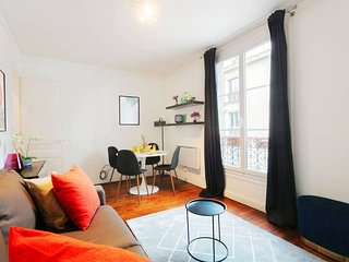 Elegant & Chic 1BR in the Heart of Bastille Area