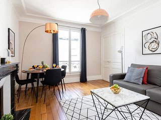 1049. IN THE HEART OF QUARTIER LATIN-NEWLY RENOVATED 1BR BY PANTHEON&SORBONNE