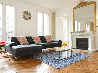 1062. STEPS FROM LA SEINE - LATIN QUARTER 3BR WITH BALCONY AND EIFFEL TOWER VIEW