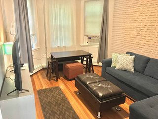 The Strathmore 8 w/AC | 1BR 1BA w/HdTV | One block to the Greenline and short wa