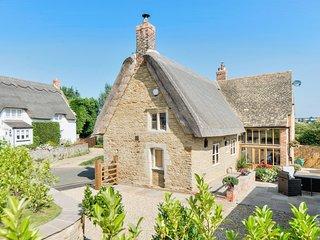 Tom Cottage