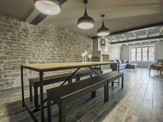 Architecturally designed boutique town house