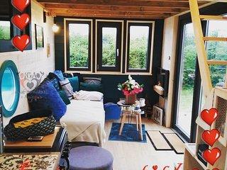 Tiny House, sauna et trotinettes