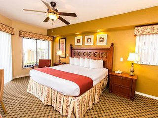 Family-Family Condo w/ WiFi, Free Shuttle to Theme Parks, Resort Dining & Pool