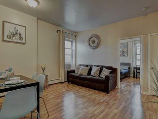 1 Bedroom getaway steps to NYC