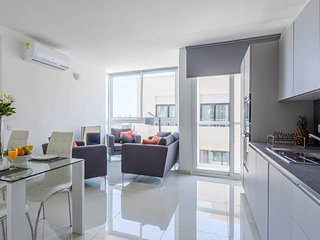 4055. IN THE HEART OF ST JULIAN'S WITH VIEWS OF SPINOLA BAY - SPACIOUS 3BR FLAT