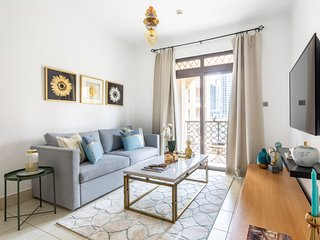 Beautiful Stylish 1BR Apartment in Downtown Dubai