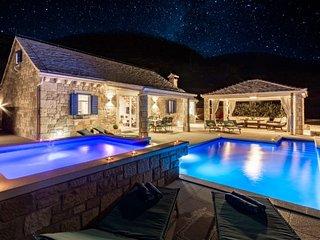 Sea view villa with private pool on Island Brac