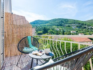 Rooms Duja - Premium Double Room with Balcony and Garden View (Perfecta Duja)