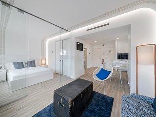 Drapes Design Apartments III