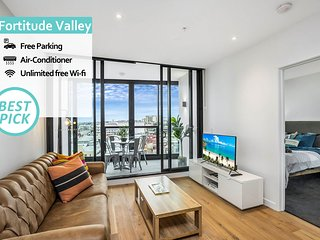 KOZYGURU | Fortitude Valley | 2 BED Designer Apt + FREE Parking | FV Peppers