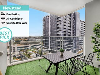 'Mid-Long Term Available Inquire'  Open View 2B2B Apt PARKING POOL GYM BBQ