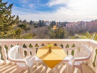 Novalja Apartment Sleeps 5 with Pool and Air Con - 5828774
