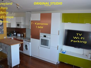 ORIGINAL STUDIO NEAR DISNEYLAND AND PARIS