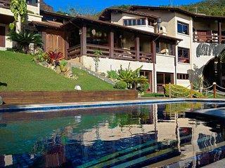 Villa Sofia: paraíso no Ribeirão da Ilha