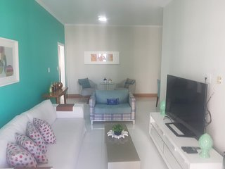 Apartamento no coração de Pitangueiras a 40m da praia