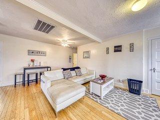 Quaint upstairs apartment home, near downtown Fredericksburg!