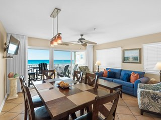 Gulf-front condo w/ beach access & balcony overlooking the water!