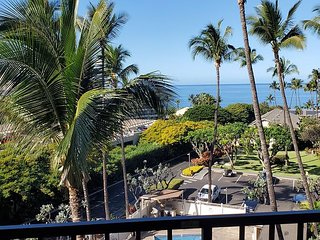 Kihei Akahi #D-412 Oceanview 1/1 across from Kamaole Beach ll  Great Rates!