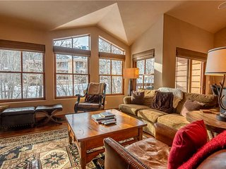 Skiview Townhome  3C