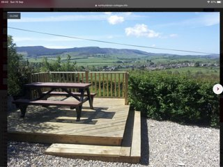 Hilltop Holiday Cottage