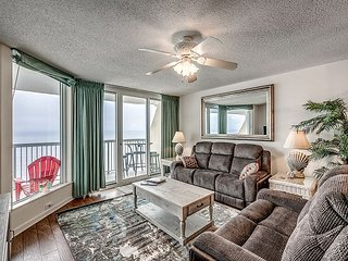 Recently Updated, Spacious oceanfront condo in the north end of Cherry Grove