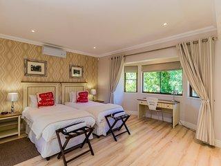 Comfortable home in Franshhoek