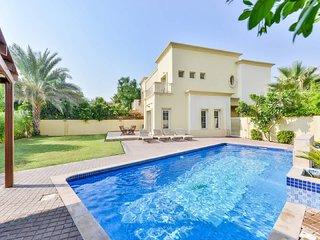 Executive 4 Bed Villa | Private Heated Pool | Lake View | Medlock Villas Dubai