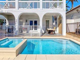 Coconut Castle: Frangista Beach Home with 9 BR/7 BA, Sleeps 24, Private Pool