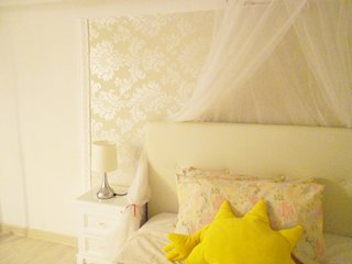 Elegante accogliente soppalco privato in appartamento condiviso