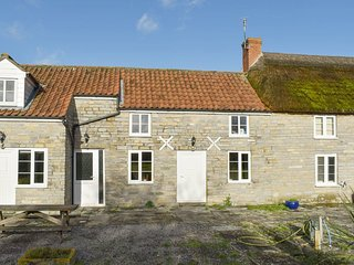 Ivy Thorn Cottage - UK30114