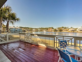 Waterfront Sandestin Resort Condo w/ Pool Access!
