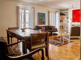 Lovely 3-Bed Apartment next to El Retiro