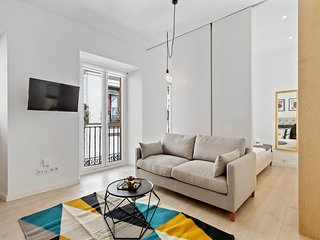 Modern 1 Bed Apt, Sleeps 4 nr Lavapies