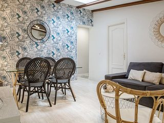 Gorgeous 2Bed 2Bath in heart of Madrid City Center