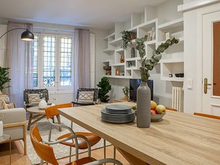 Stylish & Trendy 3 Bed Flat in vibrant Chueca