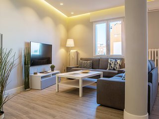 Modern & Spacious 5bed4bath in Chamberí
