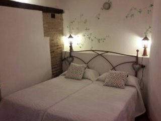 Apartamento Tavera II, vacation rental in Camarena