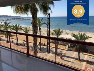 T&H Ancora Family Apartment Salou