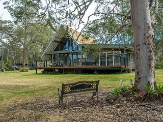 A Holiday Home Among The Gumtrees Near Seal Rocks