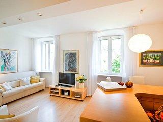 Apartments Sensa - Modern One-Bedroom Apartment