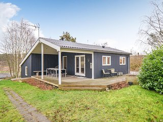 Beautiful home in Ebeltoft w/ WiFi and 3 Bedrooms (D14063)