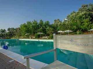 Comfortable three-room apartment in agriturismo with pool - Tenuta Moriano