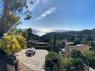 Kerstin Bruns - Casa Enric con vistas al mar