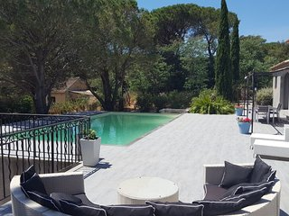 Villa des Lunes with heated pool, garden in center Le Plan de la Tour