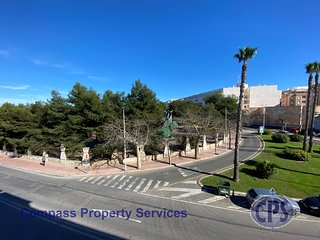 Torrevieja 2nd Floor Aprt with Comm Pool TV7