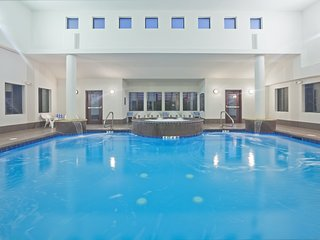Indoor Pool + Free Wi-Fi, Free Breakfast | Fully Equipped Suite